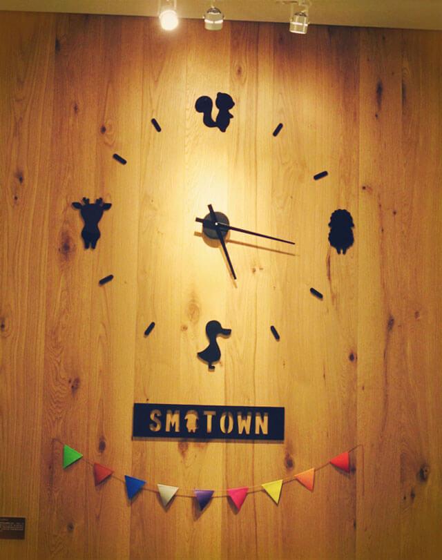 很有趣的動物時鐘-思默好時-台中咖啡館